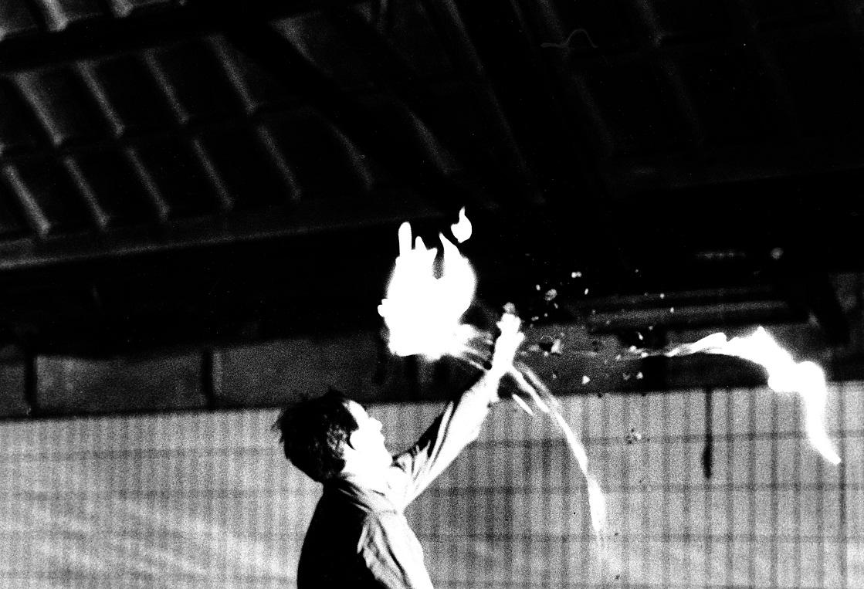Vallende vlammen(Prometheus),performance,ihkv.Mixage festival,1980,Rotterdam