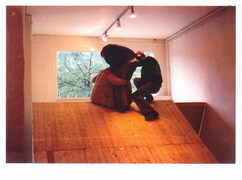 3 bezoekers op wig,1979,De Gele Rijder,Arhem